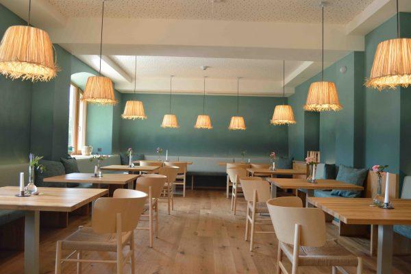 Neusacherhof_Gegenüber_Seerestaurant